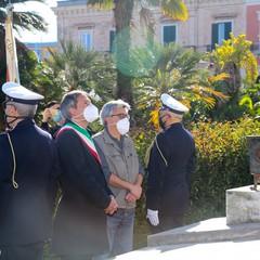 25 aprile a Bisceglie, l'omaggio solenne del Sindaco Angarano ai martiri per la libertà