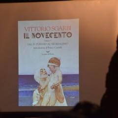 Vittorio Sgarbi alle Vecchie Segherie Mastrototaro di Bisceglie