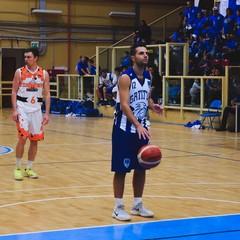 Giovanni Logoluso - Tornato in Puglia dopo due stagioni in Lombardia, il 27enne cestista biscegliese è divenuto un punto di riferimento della Fortitudo Trani, compagine di Serie D seguita da un pubblico numeroso e giovanissimo sugli spalti del PalaAssi. Orgoglio del basket biscegliese