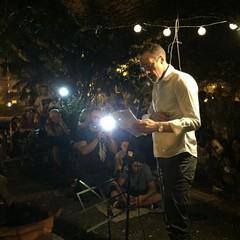 Pietro Casella - L'avvocato e poeta biscegliese, titolare di un apprezzato videoblog di poesia e della pagina Facebook Felicità in questo mondo, nel 2017 è stato insignito di una menzione speciale al Premio Quasimodo