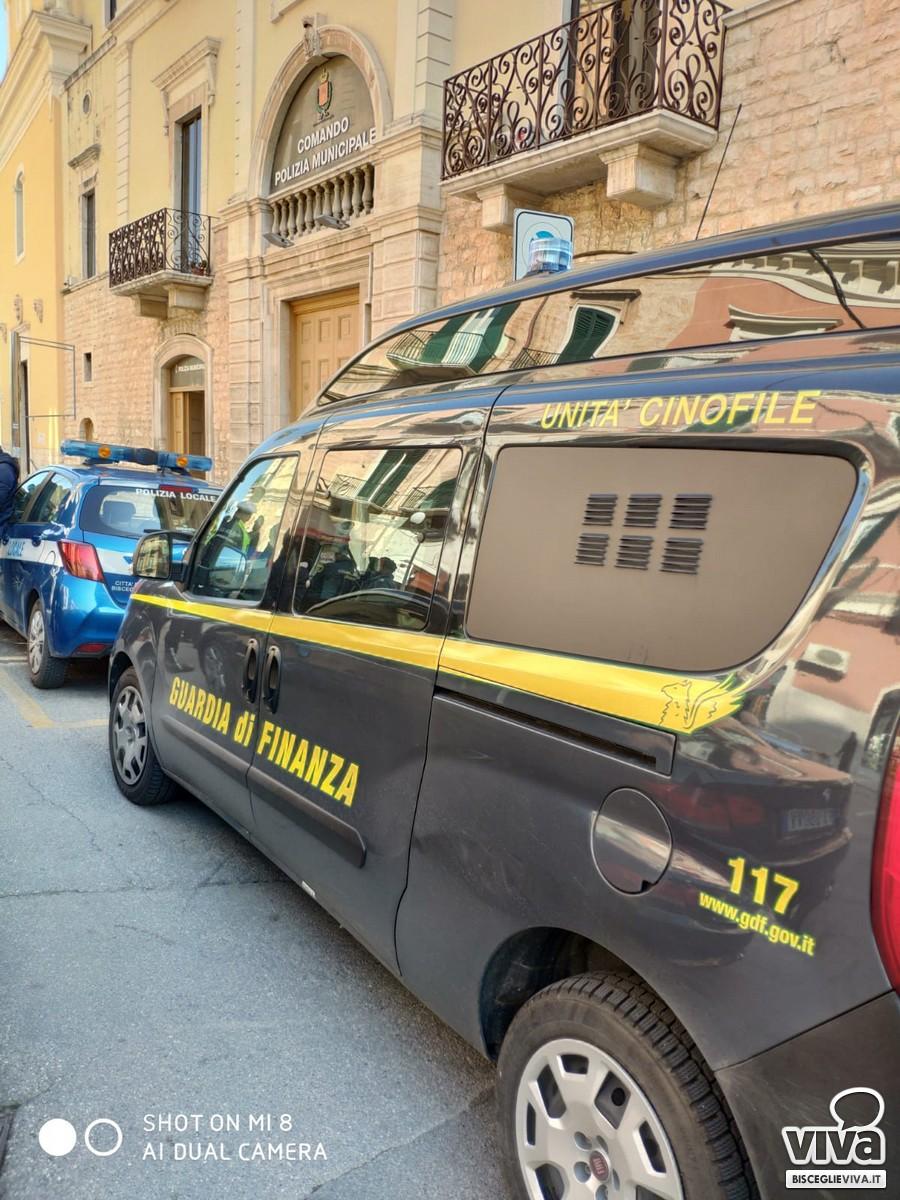Controlli congiunti di Fiamme Gialle e Polizia Locale nei punti sensibili della città