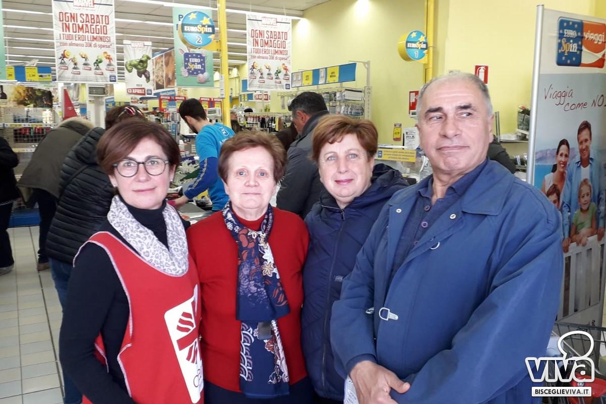Successo per la raccolta Caritas nei supermercati di Bisceglie