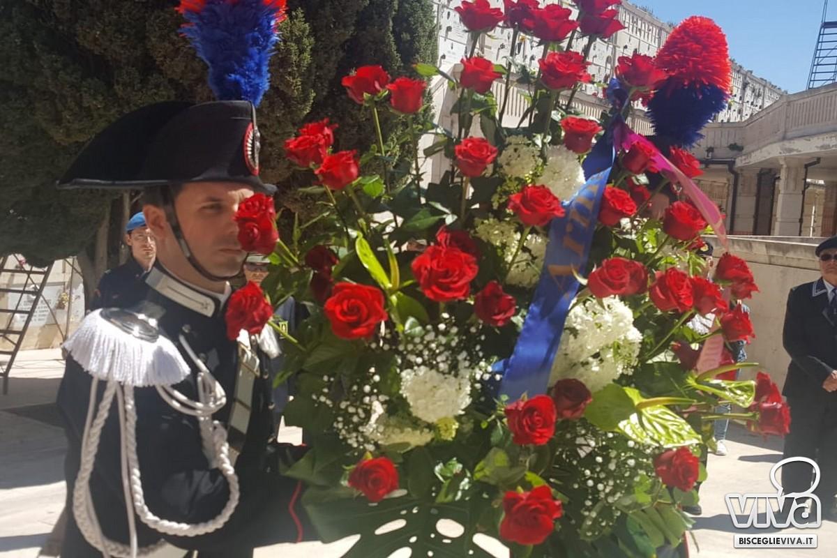 Tributo d'onore della Città di Bisceglie al Maresciallo Carlo De Trizio