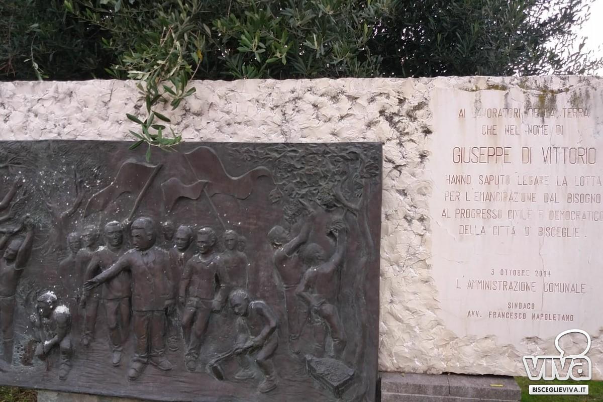 Monumento a Giuseppe Di Vittorio