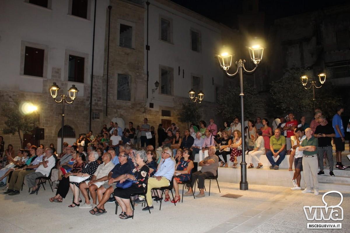 Pubblico largo Piazzetta