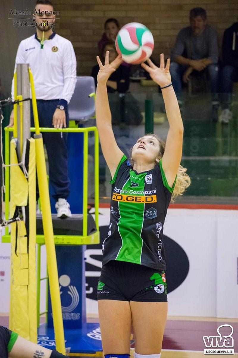 Ramona Ricchiuti festeggia un'altra promozione in B1