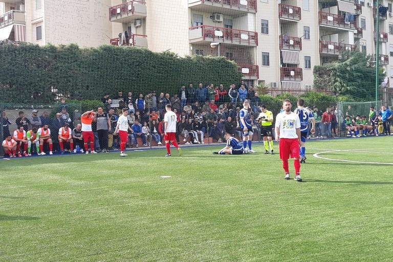Uno scatto del match tra Fùtbol Cinco e Putignano. <span>Foto Nico Colangelo</span>
