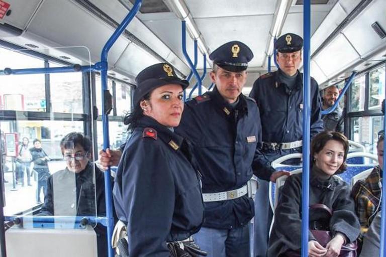 vigili sui bus