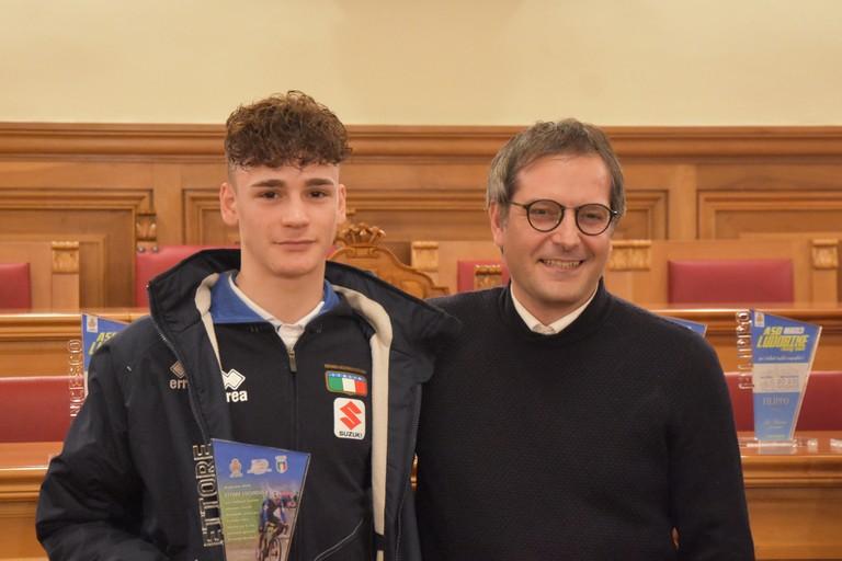 Ettore Loconsolo col sindaco Angarano