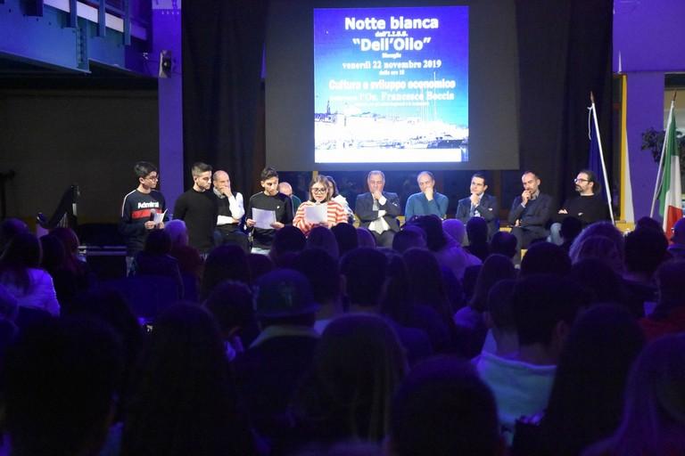 Dibattito su cultura e sviluppo economico all'istituto