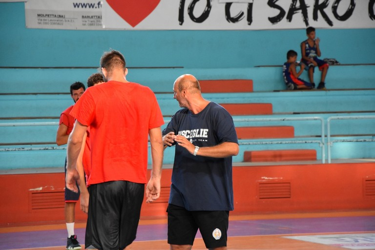 Coach Gigi Marinelli durante un allenamento. <span>Foto Antonio Lopopolo</span>