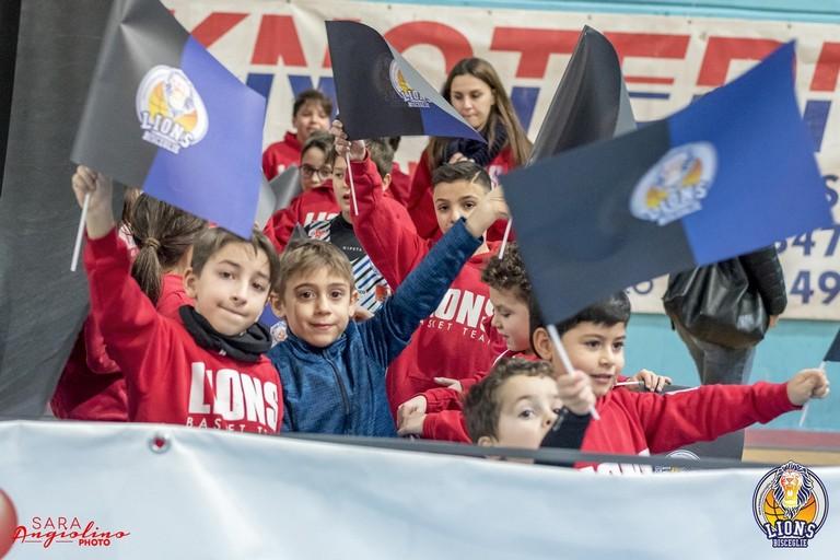 Piccoli tifosi Lions. <span>Foto Sara Angiolino</span>
