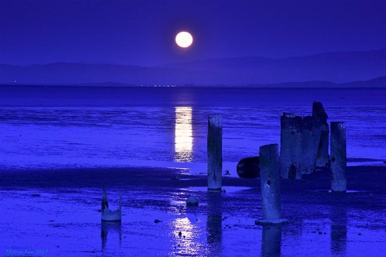 Alba lunare