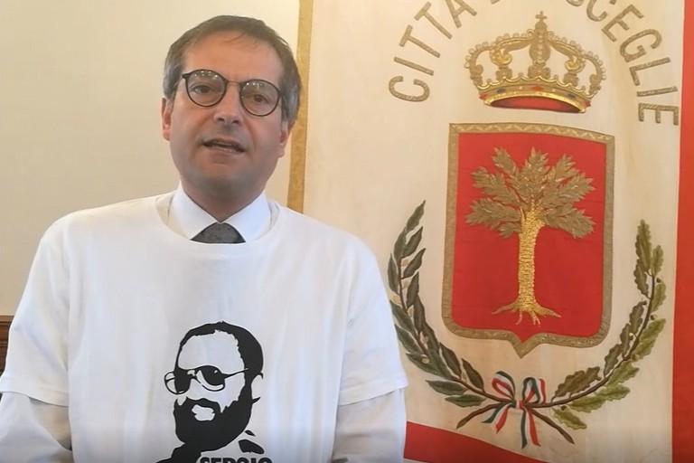 Sindaco, assessori e consiglieri in un video per onorare la memoria di Sergio Cosmai