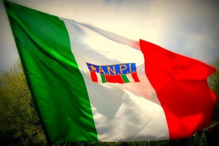 Bandiera dell'Anpi