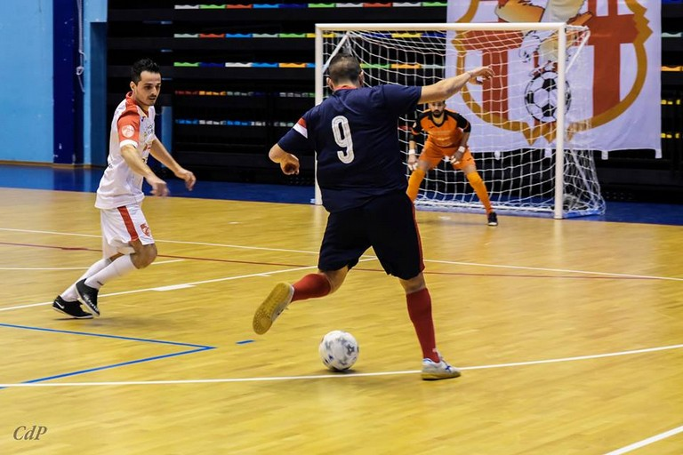 Una fase del match tra Aquile Molfetta e Diaz Bisceglie. <span>Foto Cosmo De Pinto</span>