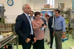 «Semplificazione, infrastrutture, uso efficiente dell'acqua». Il ministro Bellanova rilancia