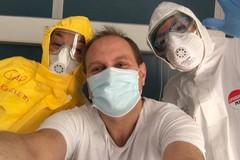 """Coronavirus, Francesco Rana dimesso dopo 45 giorni in ospedale al """"Celio"""""""