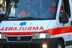 Auto si schianta contro un albero sulla provinciale Bisceglie-Andria
