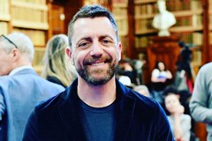 """""""Nelle migliori famiglie"""", Angelo Mellone presenta on line il suo nuovo libro"""