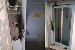 Sottopasso ferroviario: anche l'ascensore appena installato colpito dai vandali