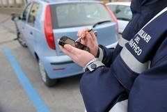 Tredici nuovi ausiliari del traffico per il controllo delle strisce blu