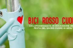 Bici rosso cuore, giovedì la ciclopasseggiata serale Biciliæ