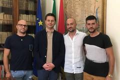 Il biscegliese Antonio Monopoli premiato dal sindaco di Canosa per il salvataggio di lunedì