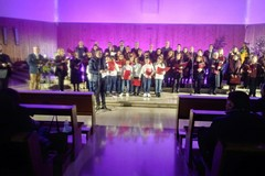 Canti natalizi e non solo nella parrocchia di Misericordia