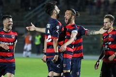 Saranno Cosenza e Robur Siena a contendersi la Serie B