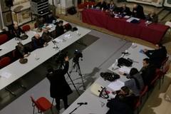 Mense scolastiche, alloggi popolari, isola ecologica a Salsello, segnaletica stradale, rifiuti: le domande e le risposte