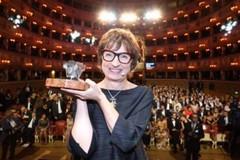 """A Bisceglie Donatella Di Pietrantonio Premio Campiello con il libro """"L'Arminuta"""""""