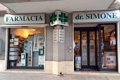 Rapina a mano armata alla farmacia Simone