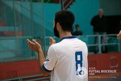 Col Futsal Cobà il debutto al PalaDolmen del Futsal Bisceglie