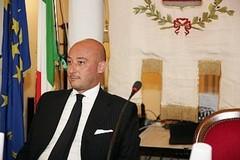 Regione: Filippo Caracciolo, indagato, rassegna le dimissioni da assessore