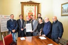 Firmato il patto coi sindacati per il lavoro e le politiche abitative