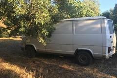 Furgone rubato a Bisceglie rinvenuto nelle campagne di Giovinazzo