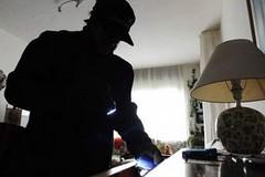 Colpo dei soliti ignoti: furto in appartamento al quartiere Seminario