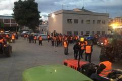 Massiccia partecipazione di gilet arancioni biscegliesi alle manifestazioni di Bari