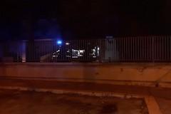 Scuola di via Villa Frisari in fiamme