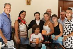 Festa patronale, consegnati biglietti omaggio per le attrazioni ai bambini bisognosi