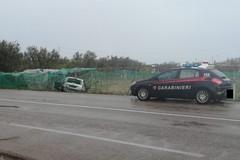 Perde il controllo dell'auto e finisce fuori strada sulla Bisceglie-Andria