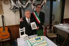 Festa per il centenario Leonardo Cassanelli