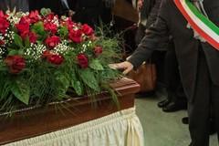 Proclamato lutto cittadino dopo il tragico incidente stradale di Ferragosto