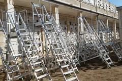 Nuove scale e interventi di manutenzione al cimitero