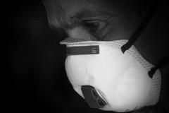 Emiliano: «Ci hanno mandato qualche migliaio di mascherine, il necessario per andare avanti un altro giorno»