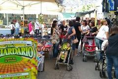 """Contrasto al gioco d'azzardo patologico, stand di """"Dedalo e Icaro"""" presso il mercato settimanale"""