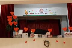 I bambini del quarto circolo portano in scena uno spettacolo natalizio