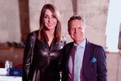 Nicola Losapio premia il coraggio delle donne