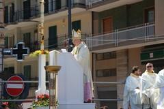 Venerdì lutto cittadino per la morte del vescovo Pichierri